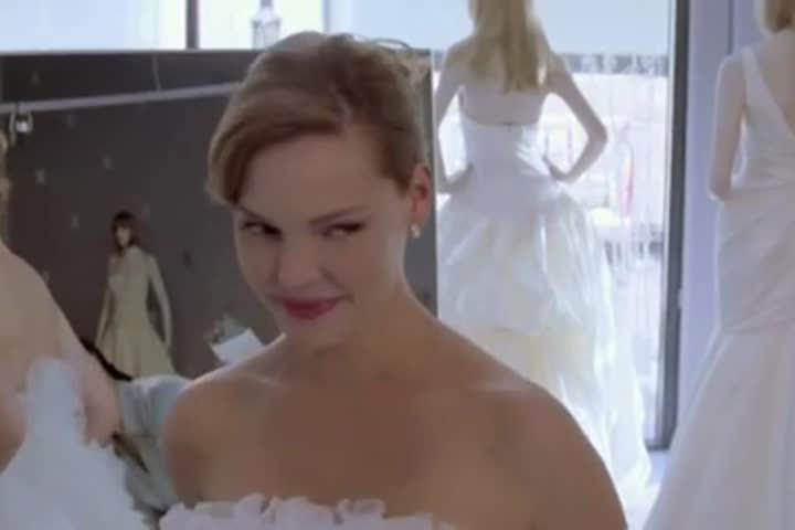 27 Dresses - Official Trailer