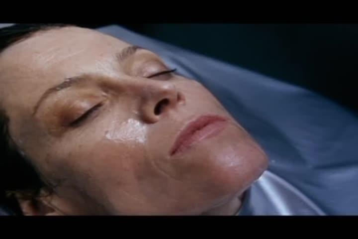 Alien: Resurrection - Official Trailer HD
