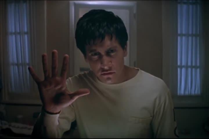 Donnie Darko - Official Trailer