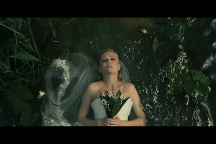 Melancholia - Official Trailer HD