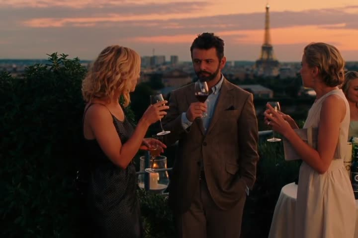 Midnight in Paris - Official Trailer HD
