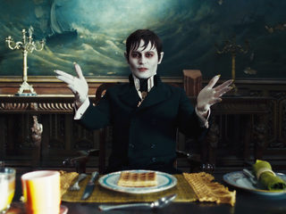 Dark Shadows - Official Trailer HD
